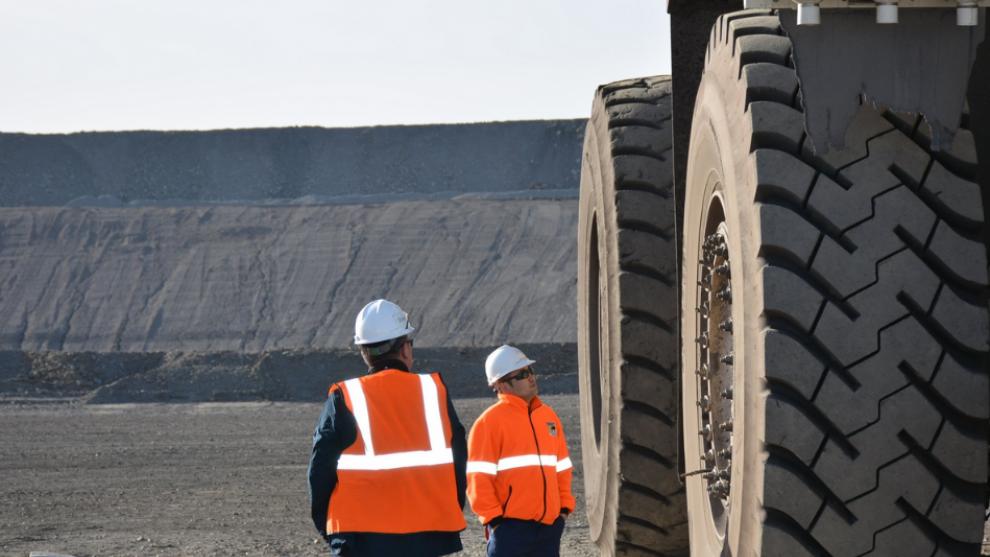 Agência Nacional de Mineração e a Confederação Nacional da Industria estabelecem acordo para digitalização de documentos.